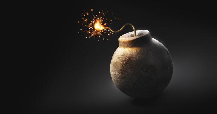 बालुवाटार जग्गामा मुछिएका शोभाकान्त ढकालको घरमा विप्लवले  पड्कायो बम