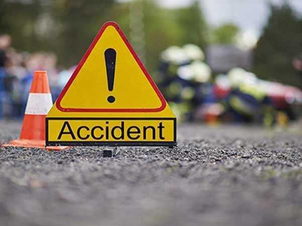 बिहानै सवारी दुर्घटनामा महिलाको मृत्यु