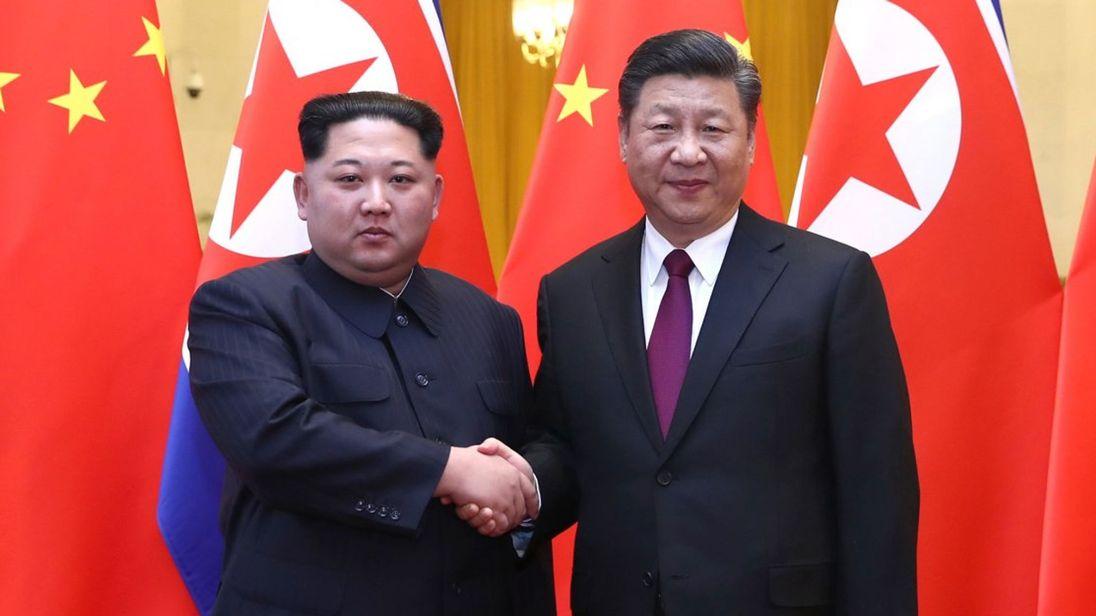 उत्तर कोरियाली नेता किम रेल चढेर चिन पुगे