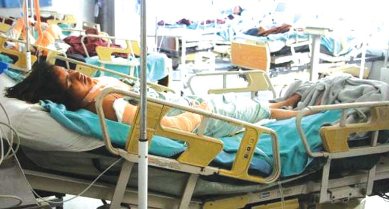 एसिड आक्रमण प्रकरण : झुक्याएर बिहे, अलग बस्दा एसिड, पीडित जेनी श्रीमानभन्दा १६ वर्ष कान्छी